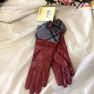 Size small red leather Barbour gloves - NEVER WORN